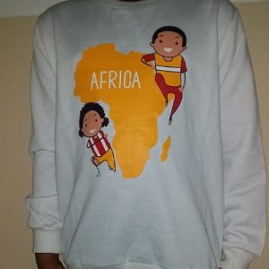 Kinders Sweatshirt White With African map decoration at the front Size 4 yrs